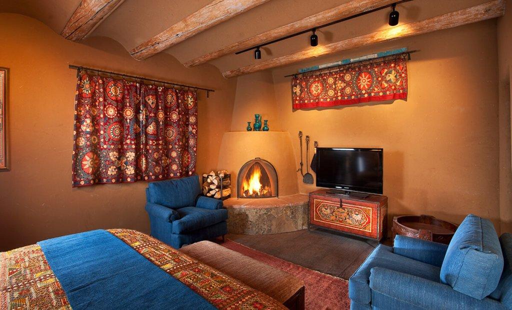 Five Graces Luminaria Villa Fireplace