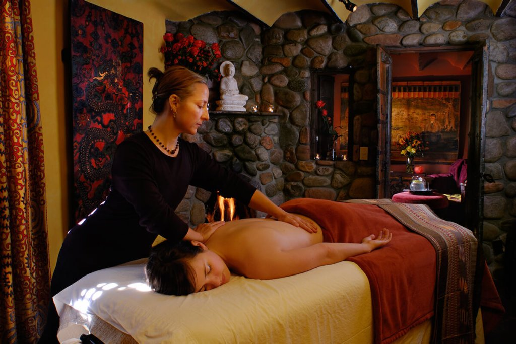 Five Graces In Room Massage